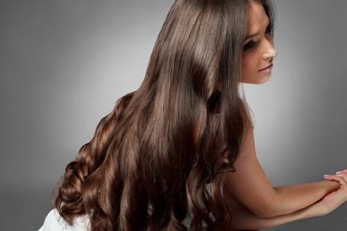 وصفة مغربية مذهلة لتكثيف وتطويل وتقوية الشعر