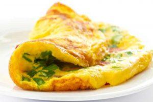 طريقة عمل الأومليت بالخضروات للتجديد من وجبة الإفطار