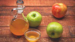 وصفة خل التفاح لتنظيف الشعر الدهني