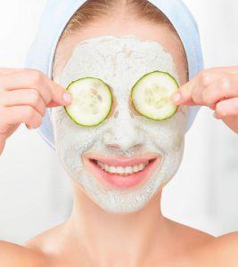 ماسك الخيار والزبادي لتنظيف البشرة من الشوائب
