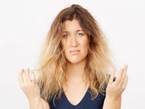 وصفة زيت الزيتون وزيت اللوز الحلو لعلاج تقصف وجفاف الشعر المصبوغ