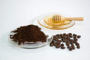 ماسك القهوة والعسل لشد البشرة المختلطة