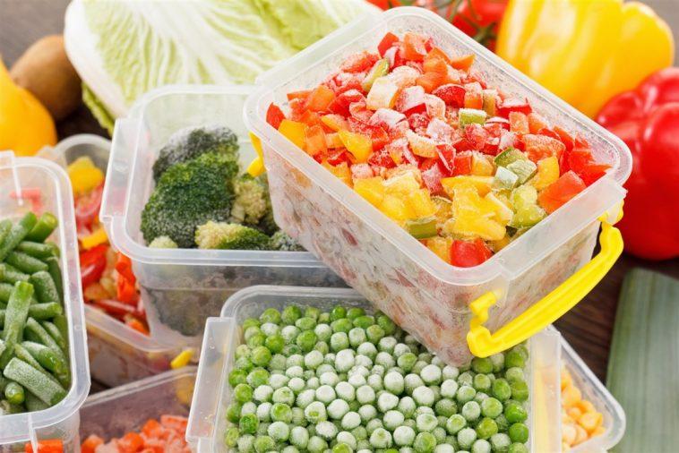 تعرفي على طرق تخزين الخضروات في الفريزر