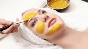 وصفة الكركم وقشر البرتقال لأصحاب البشرة الحساسة