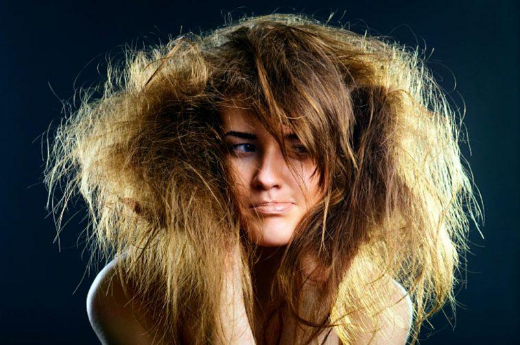 تعرفي على أسباب وكيفية التخلص من رائحة الشعر الكريهة