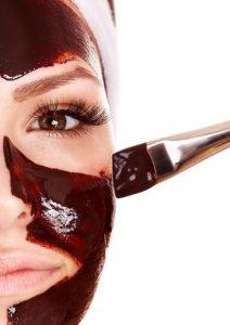ماسك الكاكاو وبياض البيض لمنح بشرتك مظهر الشباب مع تقدم العمر