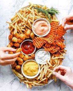 4 أطعمة لا يجب الإكثار من تناولهم فى رمضان