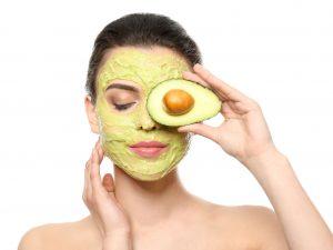 ماسك الأفوكادو لترطيب البشرة شديدة الجفاف