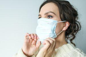 نصائح لاستخدام الكمامة بطريقة صحيحة للوقاية من فيروس كورونا
